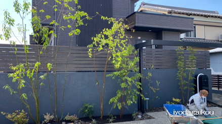 M様邸。素敵な雰囲気に変化してきました。今日は電気工事です。