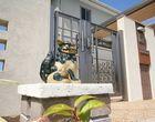 守り神シーサーの似合う門廻りと家族の遊び場作り・・・豊川市T様邸