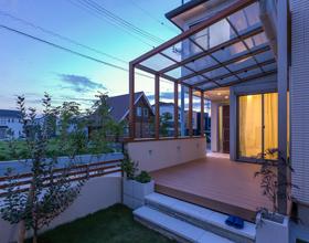 〜直線と優しいRで描く 建物の雰囲気を変えるOpen Exterior Style〜・・・豊橋市J様邸