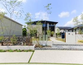 〜植栽彩る上質空間 石畳みと石積みで添えるNew Moden Style〜・・・豊橋市K様邸