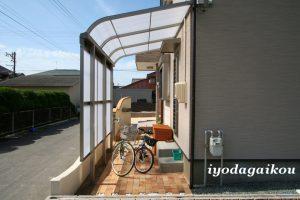 自転車置き場-洗濯干し場
